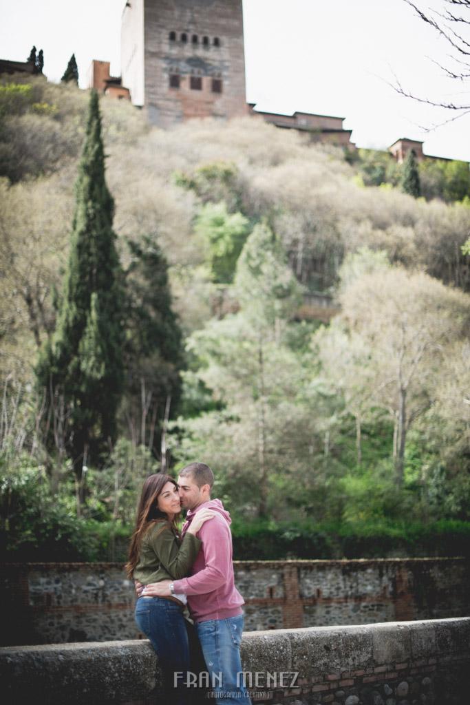 4 Fotografo de bodas Granada. Paseo de los Tristes. Palacio de los Cordova. Fran Menez. Fotografia Creativa