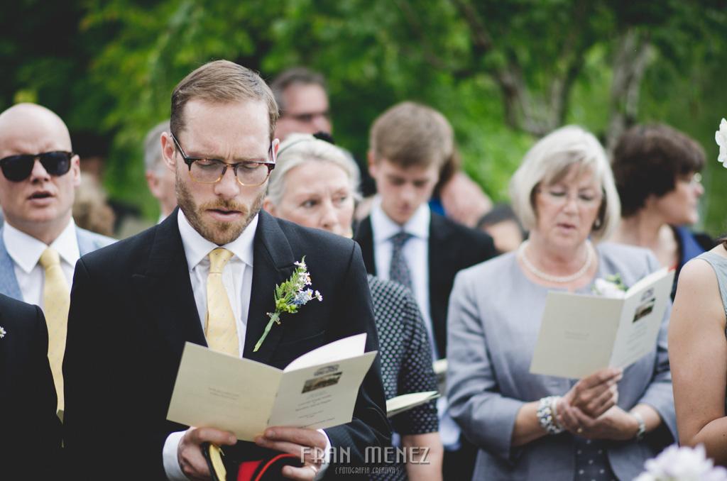 100 Wedding Photographer. Fran Menez. Wedding photographer in Granada. Wedding photographer in Cadiar. Wedding photographer in Spain. Wedding photojournalism in Granada. Wedding photojournalism in Spain. Wedding photojournalist in Granada