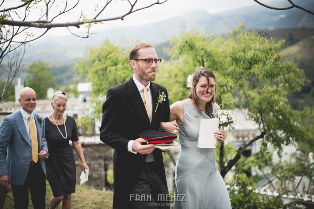 107 Wedding Photographer. Fran Menez. Wedding photographer in Granada. Wedding photographer in Cadiar. Wedding photographer in Spain. Wedding photojournalism in Granada. Wedding photojournalism in Spain. Wedding photojournalist in Granada