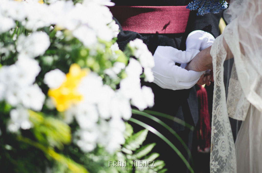 81 Wedding Photographer. Fran Menez. Wedding photographer in Granada. Wedding photographer in Cadiar. Wedding photographer in Spain. Wedding photojournalism in Granada. Wedding photojournalism in Spain. Wedding photojournalist in Granada