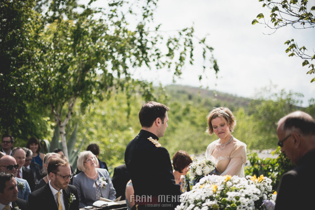 82 Wedding Photographer. Fran Menez. Wedding photographer in Granada. Wedding photographer in Cadiar. Wedding photographer in Spain. Wedding photojournalism in Granada. Wedding photojournalism in Spain. Wedding photojournalist in Granada