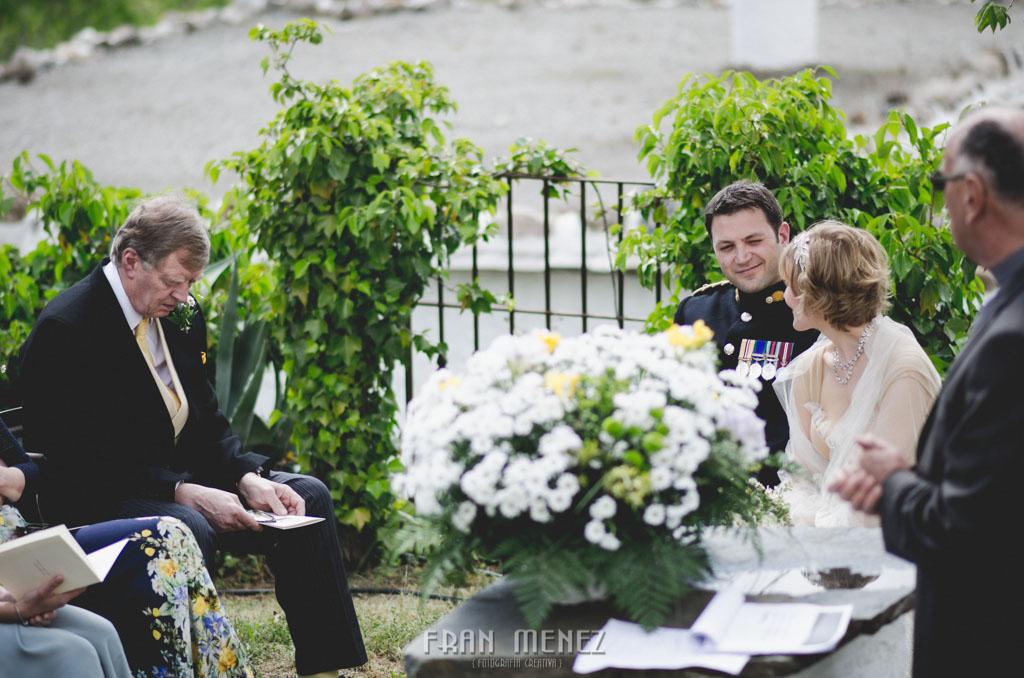 85 Wedding Photographer. Fran Menez. Wedding photographer in Granada. Wedding photographer in Cadiar. Wedding photographer in Spain. Wedding photojournalism in Granada. Wedding photojournalism in Spain. Wedding photojournalist in Granada