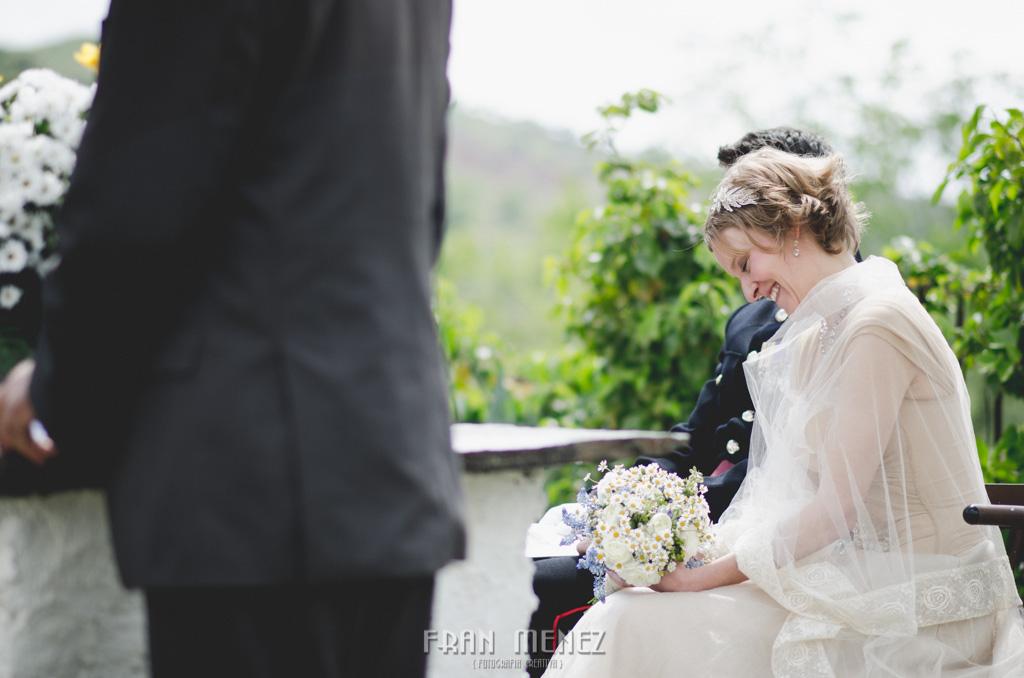 88 Wedding Photographer. Fran Menez. Wedding photographer in Granada. Wedding photographer in Cadiar. Wedding photographer in Spain. Wedding photojournalism in Granada. Wedding photojournalism in Spain. Wedding photojournalist in Granada