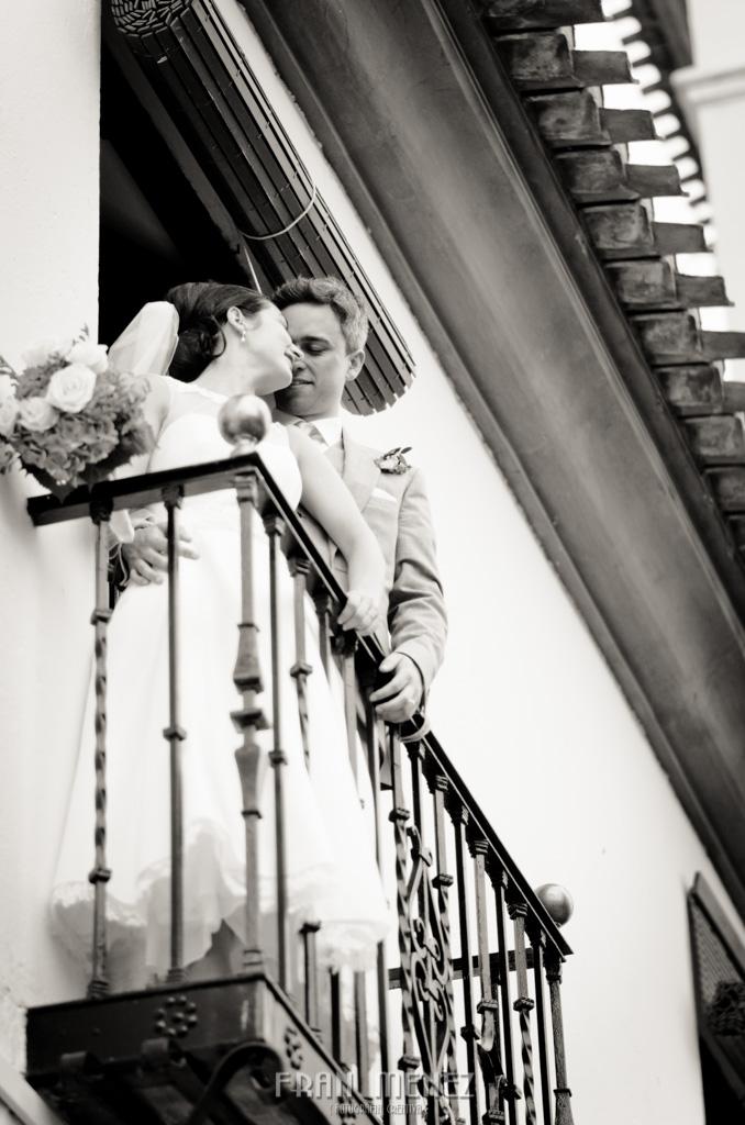 103 Wedding Photographer. Wedding photographer in Granada. Wedding photographer in Otivar. Wedding photographer in Spain. Wedding photojournalism in Granada. Wedding photojournalism in Spain. Wedding photojournalist in Granada. Palacete de Cazulas