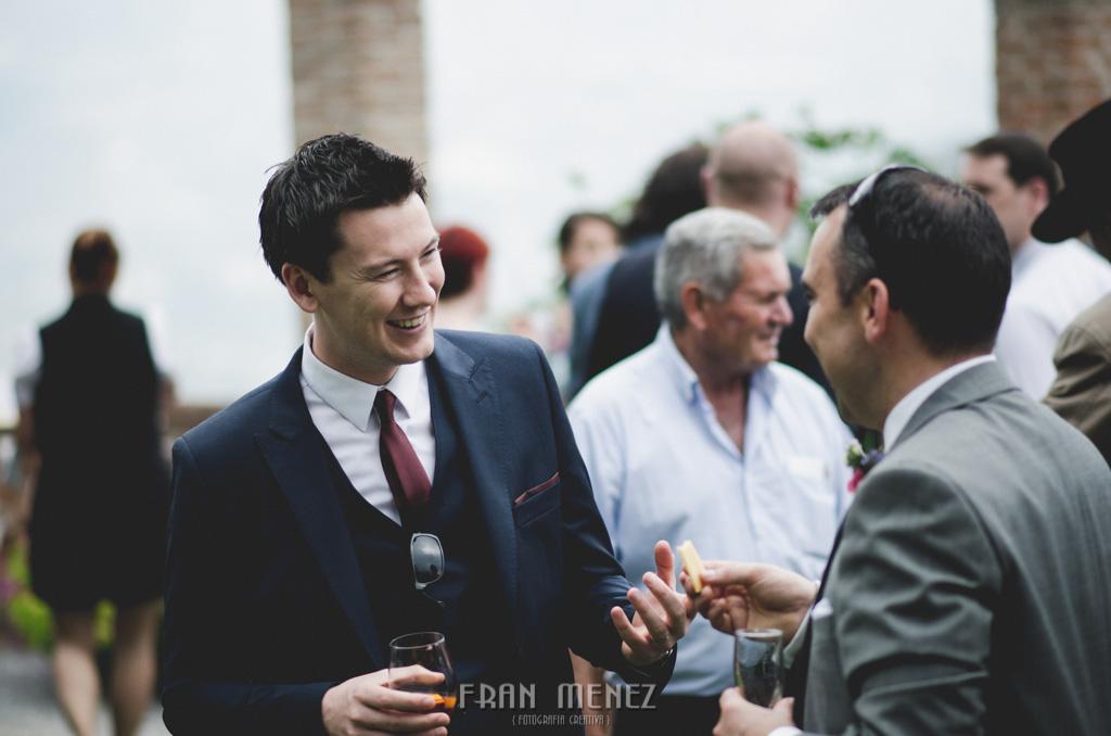 111 Wedding Photographer. Wedding photographer in Granada. Wedding photographer in Otivar. Wedding photographer in Spain. Wedding photojournalism in Granada. Wedding photojournalism in Spain. Wedding photojournalist in Granada. Palacete de Cazulas
