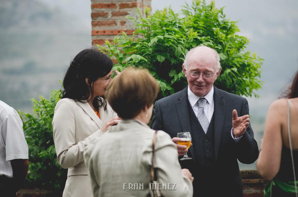 112 Wedding Photographer. Wedding photographer in Granada. Wedding photographer in Otivar. Wedding photographer in Spain. Wedding photojournalism in Granada. Wedding photojournalism in Spain. Wedding photojournalist in Granada. Palacete de Cazulas