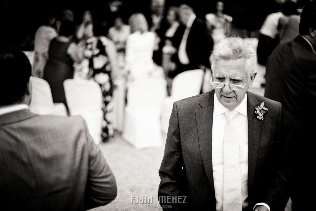 142 Wedding Photographer. Wedding photographer in Granada. Wedding photographer in Otivar. Wedding photographer in Spain. Wedding photojournalism in Granada. Wedding photojournalism in Spain. Wedding photojournalist in Granada. Palacete de Cazulas