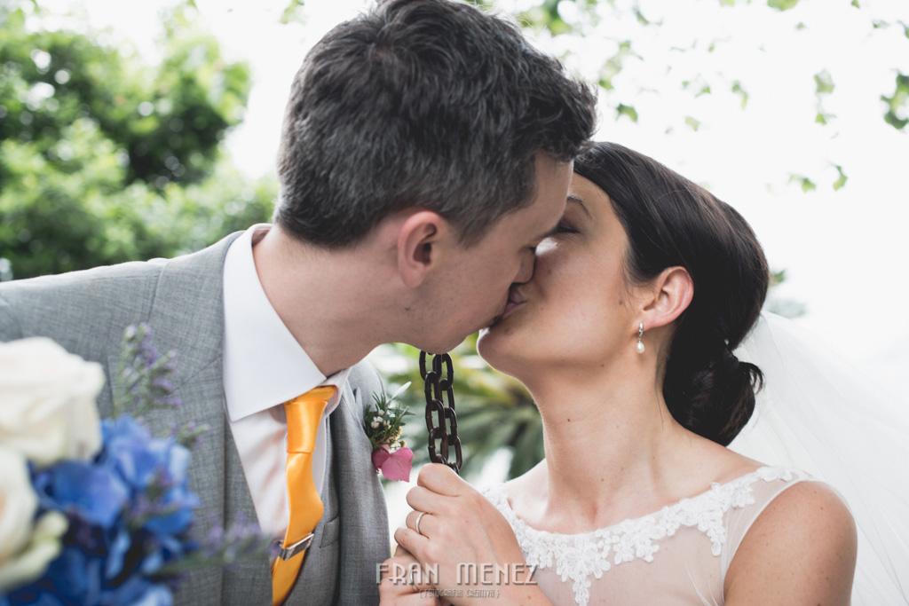 93 Wedding Photographer. Wedding photographer in Granada. Wedding photographer in Otivar. Wedding photographer in Spain. Wedding photojournalism in Granada. Wedding photojournalism in Spain. Wedding photojournalist in Granada. Palacete de Cazulas