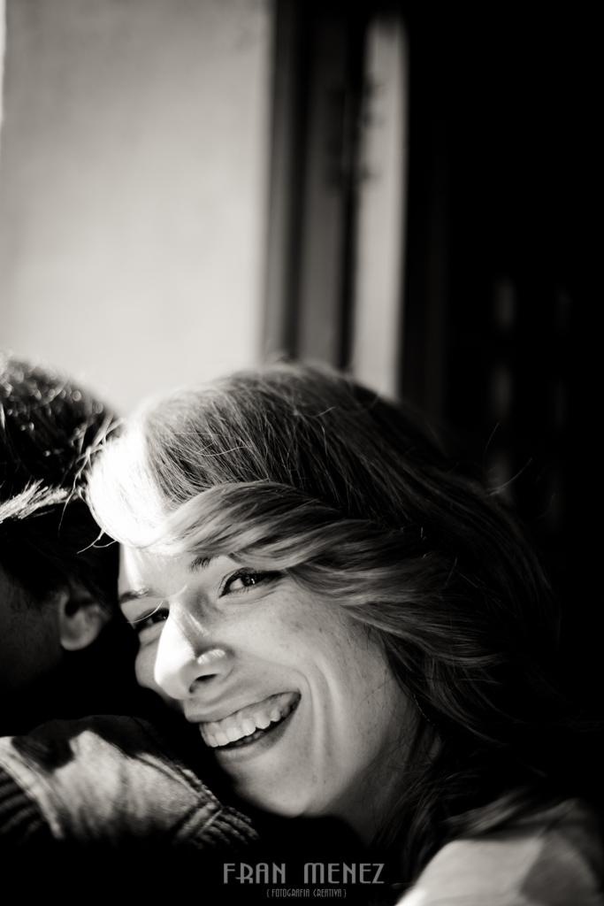 17 Fotografos de Pre Bodas en Granada. Fotografos de Pre Bodas Granada. Fotografos Pre Bodas Granada. Fotografias de Pre Boda Palacio Dar Al Horra. El Banuelo. Termas Arabes. Albaicin. Paseo de los Tristes