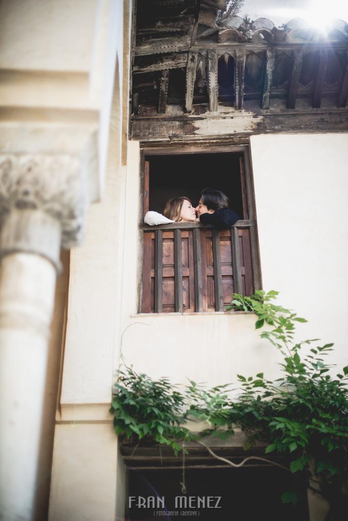 25 Fotografos de Pre Bodas en Granada. Fotografos de Pre Bodas Granada. Fotografos Pre Bodas Granada. Fotografias de Pre Boda Palacio Dar Al Horra. El Banuelo. Termas Arabes. Albaicin. Paseo de los Tristes