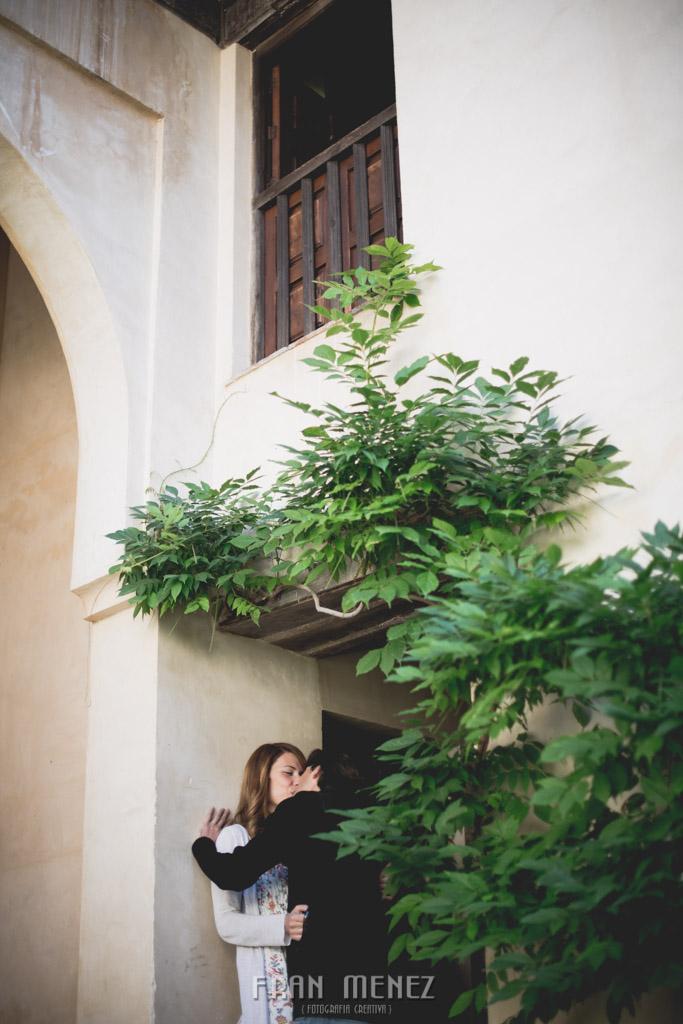 3a Fotografos de Pre Bodas en Granada. Fotografos de Pre Bodas Granada. Fotografos Pre Bodas Granada. Fotografias de Pre Boda Palacio Dar Al Horra. El Banuelo. Termas Arabes. Albaicin. Paseo de los Tristes