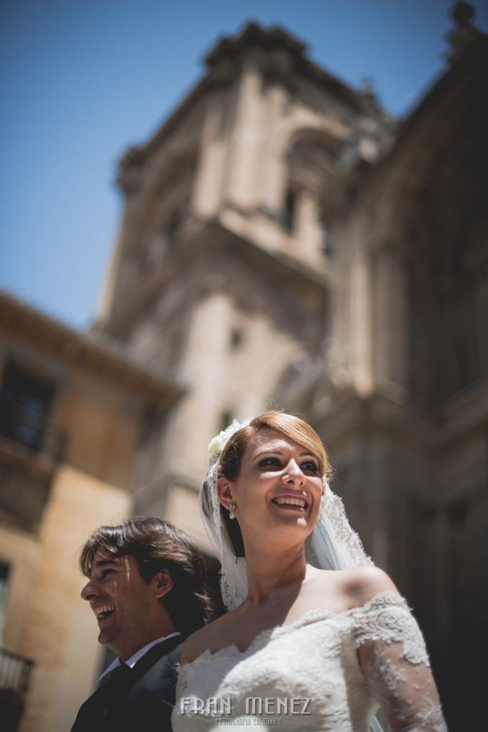 103 Fotografo Granada. Fotografia de Boda en Granada. Fran Ménez Fotografo. Hotel Palacio de Santa Paula. Iglesia del Sagrario