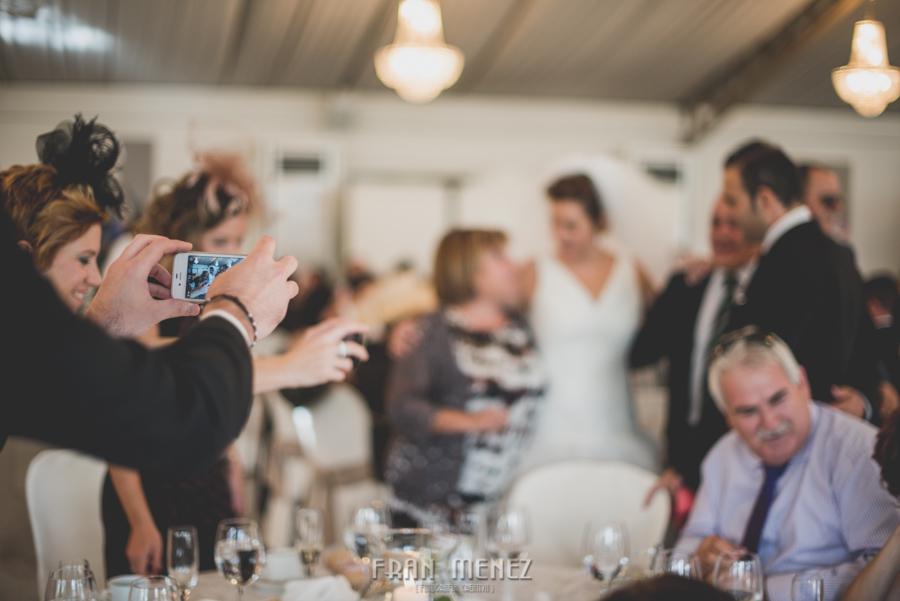 165 Fotografo de Bodas. Fran Ménez. Fotografía de Bodas Distintas, Naturales, Vintage, Vivertidas. Weddings Photographers. Fotoperiodismo de Bodas. Wedding Photojournalism