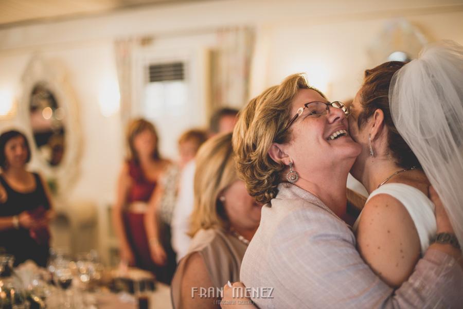 170 Fotografo de Bodas. Fran Ménez. Fotografía de Bodas Distintas, Naturales, Vintage, Vivertidas. Weddings Photographers. Fotoperiodismo de Bodas. Wedding Photojournalism