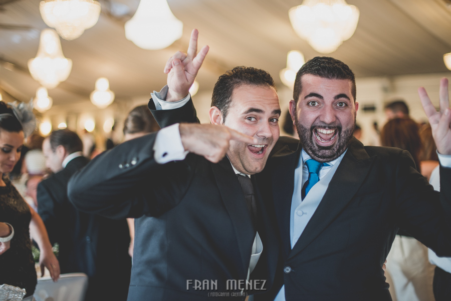 172 Fotografo de Bodas. Fran Ménez. Fotografía de Bodas Distintas, Naturales, Vintage, Vivertidas. Weddings Photographers. Fotoperiodismo de Bodas. Wedding Photojournalism