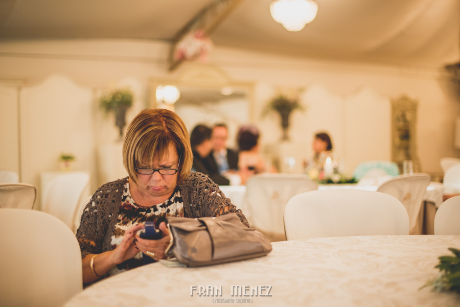 177 Fotografo de Bodas. Fran Ménez. Fotografía de Bodas Distintas, Naturales, Vintage, Vivertidas. Weddings Photographers. Fotoperiodismo de Bodas. Wedding Photojournalism