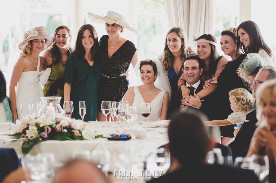 181 Fotografo de Bodas. Fran Ménez. Fotografía de Bodas Distintas, Naturales, Vintage, Vivertidas. Weddings Photographers. Fotoperiodismo de Bodas. Wedding Photojournalism