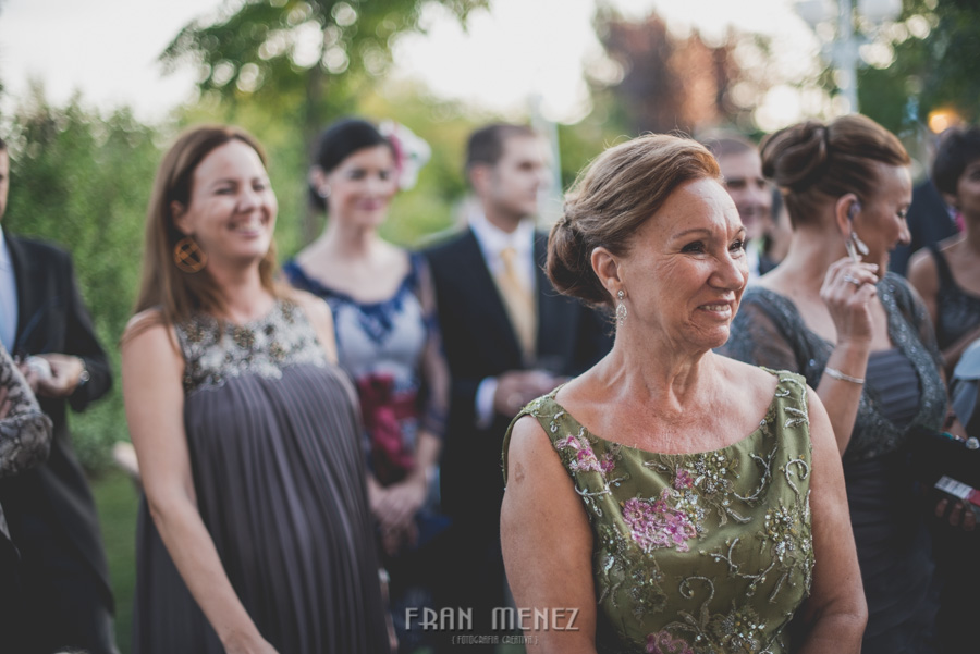 215 Fotografo de Bodas. Fran Ménez. Fotografía de Bodas Distintas, Naturales, Vintage, Vivertidas. Weddings Photographers. Fotoperiodismo de Bodas. Wedding Photojournalism