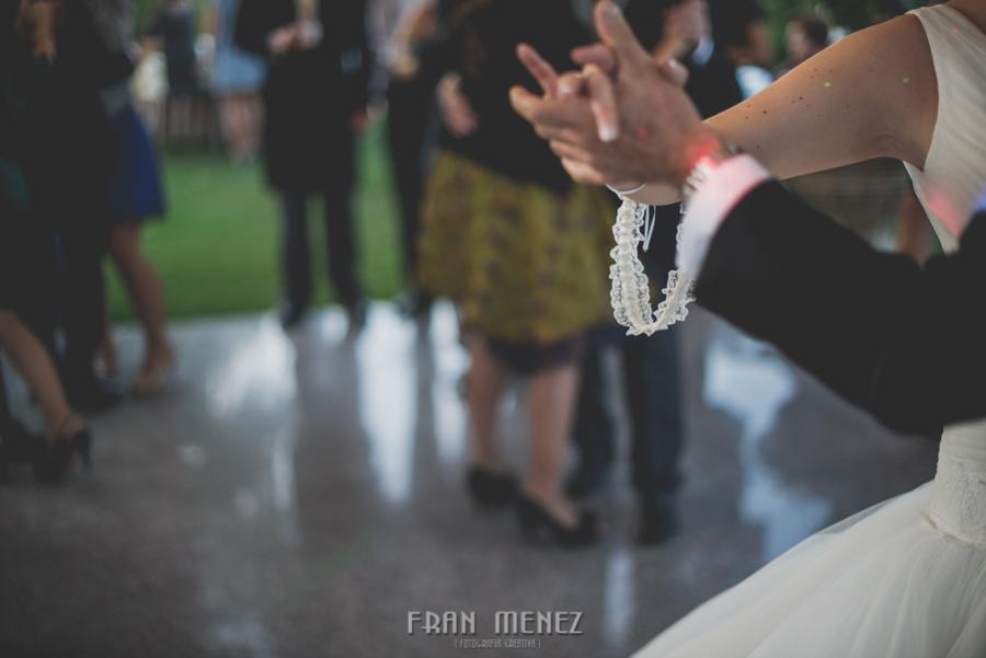 227 Fotografo de Bodas. Fran Ménez. Fotografía de Bodas Distintas, Naturales, Vintage, Vivertidas. Weddings Photographers. Fotoperiodismo de Bodas. Wedding Photojournalism