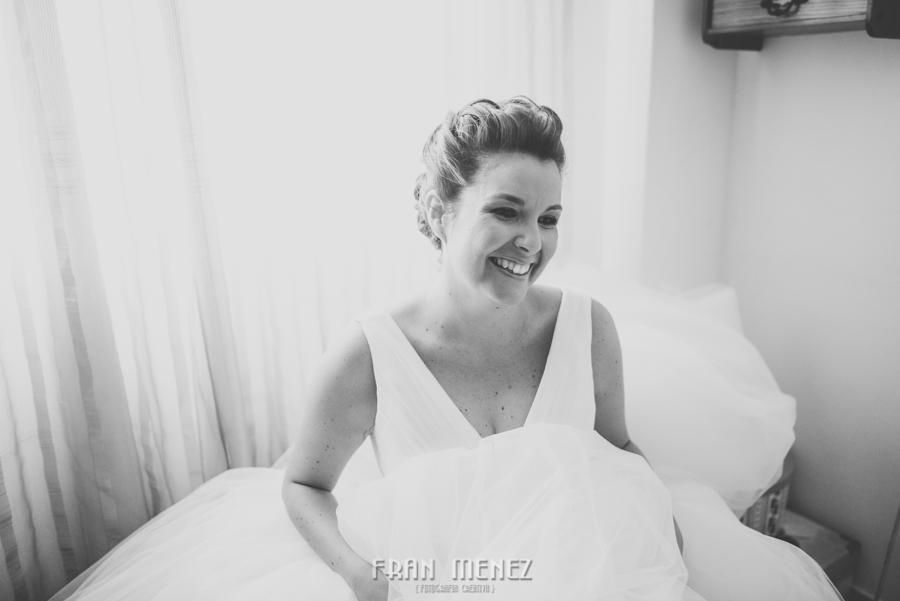 24 Fotografo de Bodas. Fran Ménez. Fotografía de Bodas Distintas, Naturales, Vintage, Vivertidas. Weddings Photographers. Fotoperiodismo de Bodas. Wedding Photojournalism