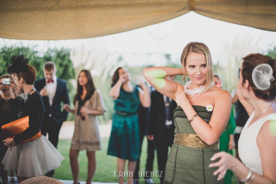 242 Fotografo de Bodas. Fran Ménez. Fotografía de Bodas Distintas, Naturales, Vintage, Vivertidas. Weddings Photographers. Fotoperiodismo de Bodas. Wedding Photojournalism