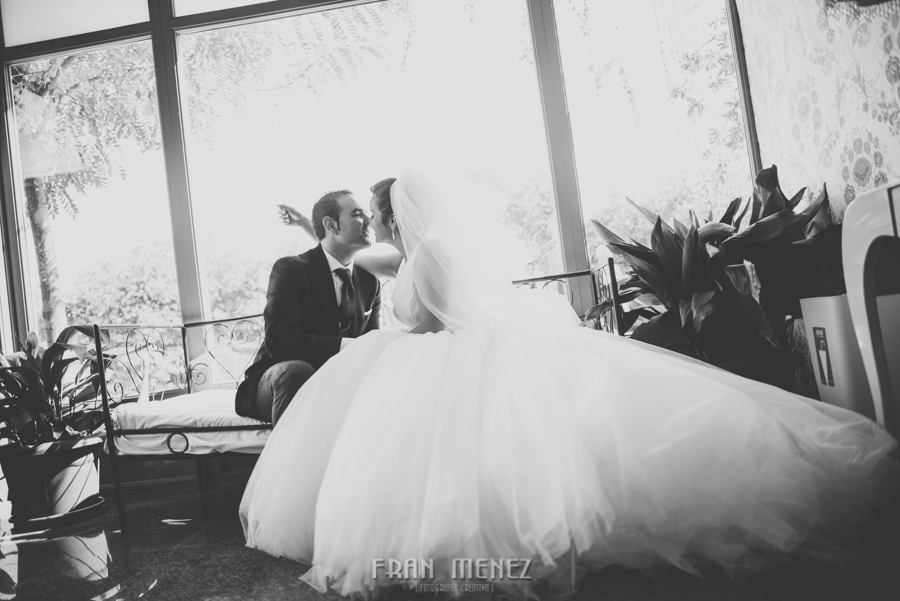 90 Fotografo de Bodas. Fran Ménez. Fotografía de Bodas Distintas, Naturales, Vintage, Vivertidas. Weddings Photographers. Fotoperiodismo de Bodas. Wedding Photojournalism
