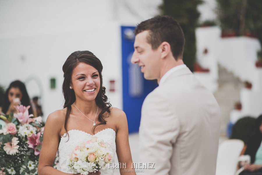 101 Weddings Photographer Fran Menez. Weddings Photographer in Granada, Spain. Destination Weddings Photopgrapher. Weddings Photojournalism. Vintage Weddings. Different Weddings in Granada
