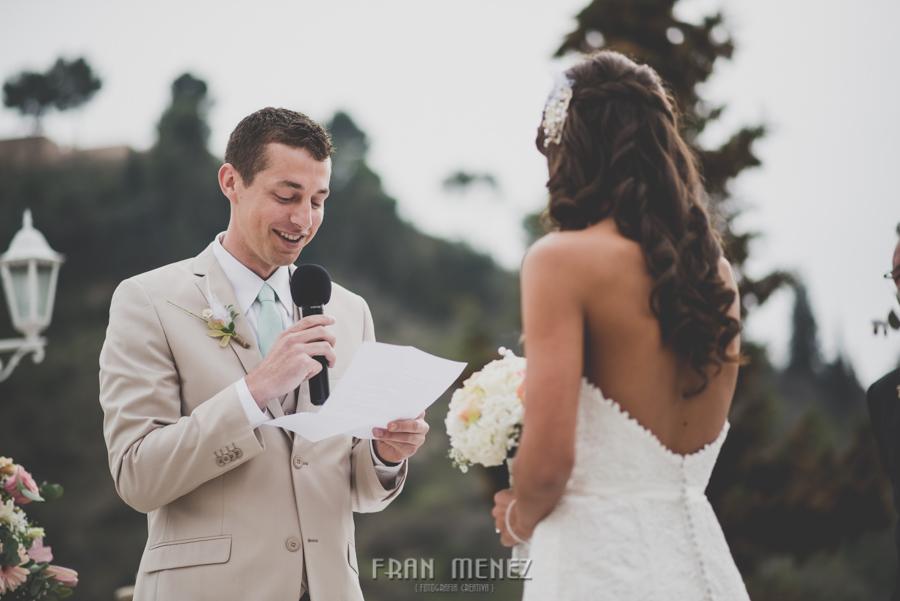 107 Weddings Photographer Fran Menez. Weddings Photographer in Granada, Spain. Destination Weddings Photopgrapher. Weddings Photojournalism. Vintage Weddings. Different Weddings in Granada