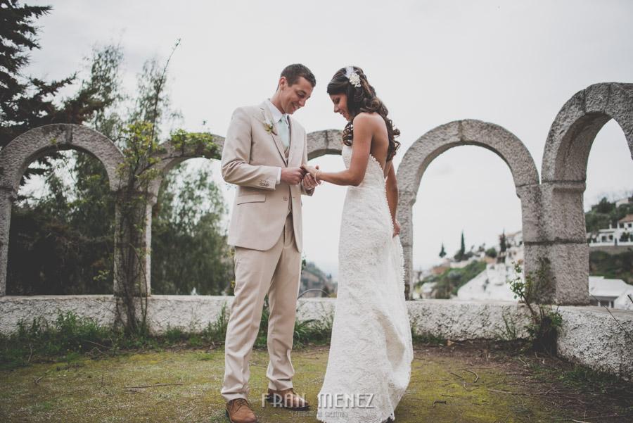127 Weddings Photographer Fran Menez. Weddings Photographer in Granada, Spain. Destination Weddings Photopgrapher. Weddings Photojournalism. Vintage Weddings. Different Weddings in Granada