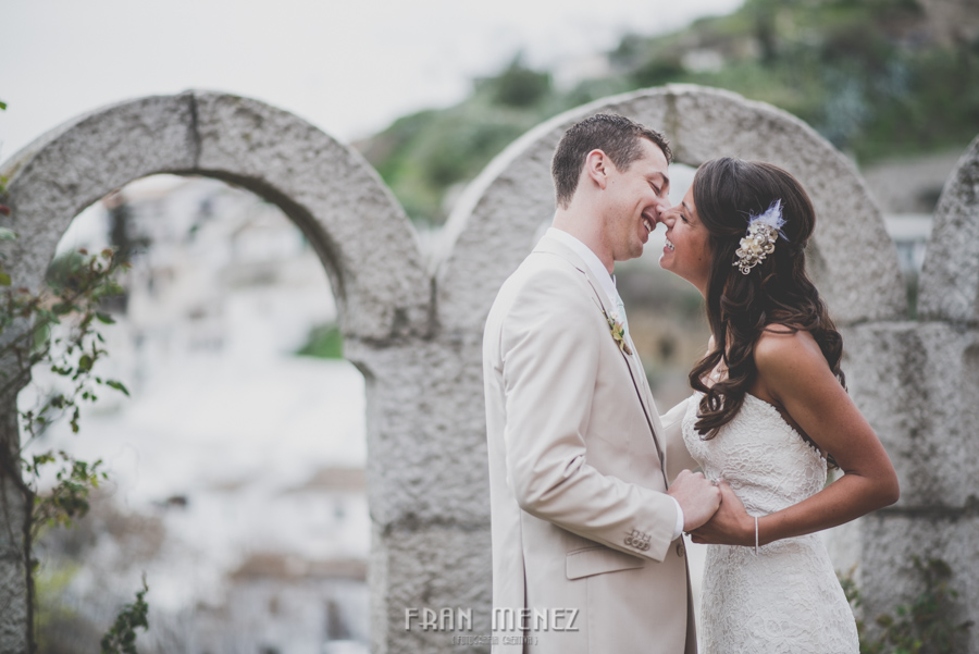 128 Weddings Photographer Fran Menez. Weddings Photographer in Granada, Spain. Destination Weddings Photopgrapher. Weddings Photojournalism. Vintage Weddings. Different Weddings in Granada