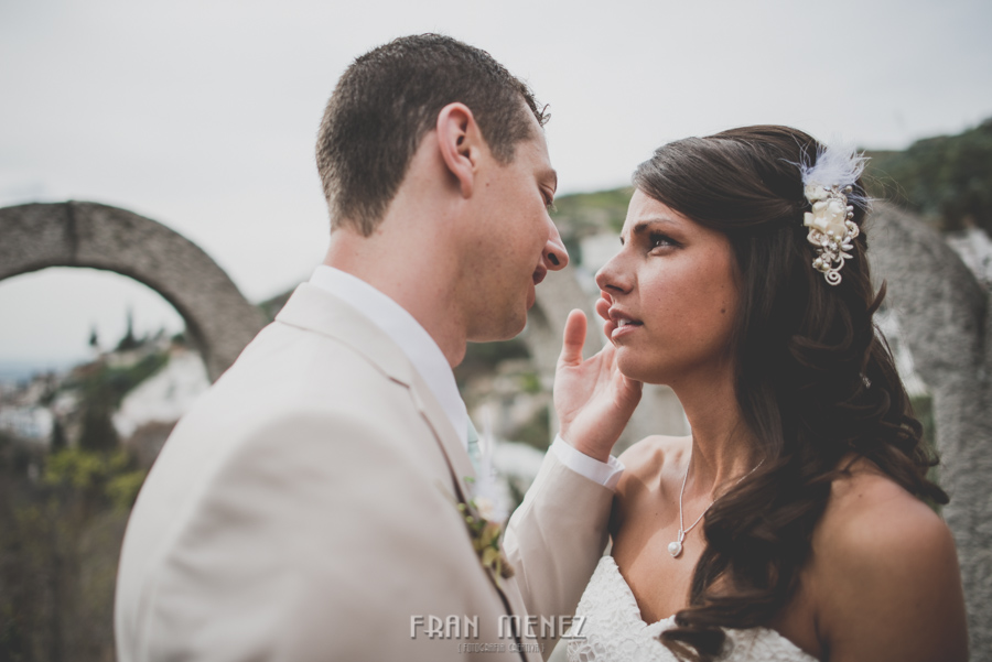 135 Weddings Photographer Fran Menez. Weddings Photographer in Granada, Spain. Destination Weddings Photopgrapher. Weddings Photojournalism. Vintage Weddings. Different Weddings in Granada