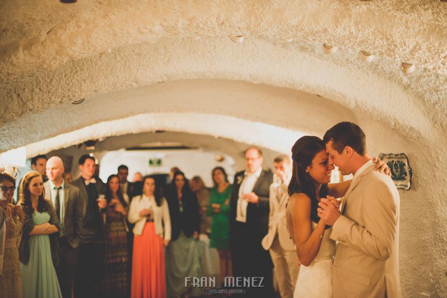 240 Weddings Photographer Fran Menez. Weddings Photographer in Granada, Spain. Destination Weddings Photopgrapher. Weddings Photojournalism. Vintage Weddings. Different Weddings in Granada