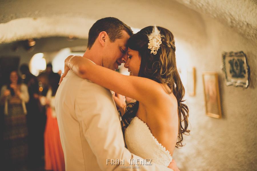 244 Weddings Photographer Fran Menez. Weddings Photographer in Granada, Spain. Destination Weddings Photopgrapher. Weddings Photojournalism. Vintage Weddings. Different Weddings in Granada