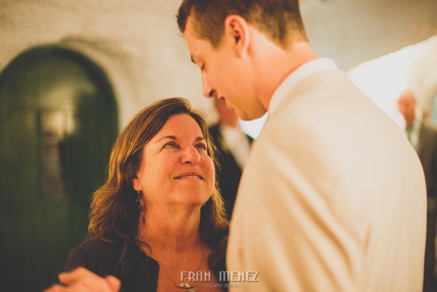 252 Weddings Photographer Fran Menez. Weddings Photographer in Granada, Spain. Destination Weddings Photopgrapher. Weddings Photojournalism. Vintage Weddings. Different Weddings in Granada
