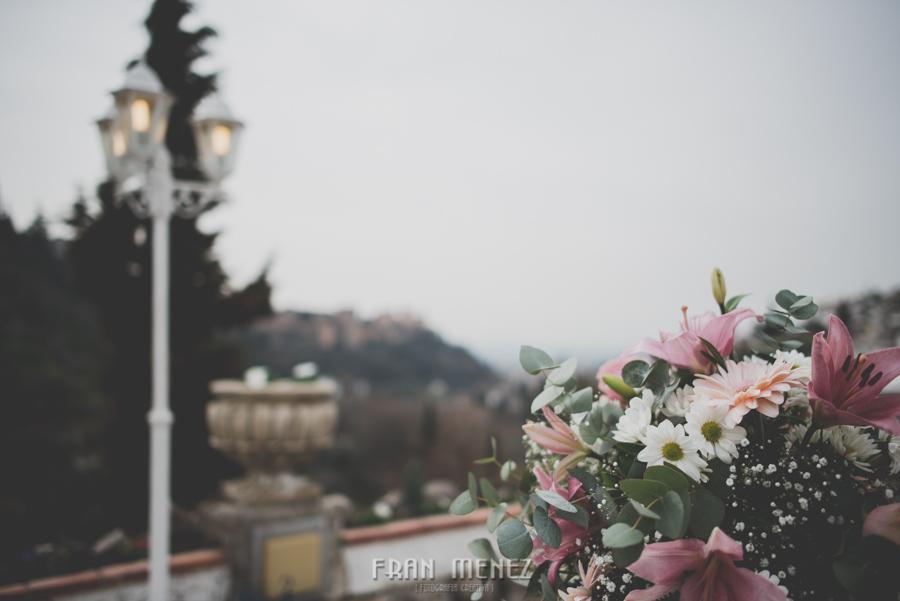 81 Weddings Photographer Fran Menez. Weddings Photographer in Granada, Spain. Destination Weddings Photopgrapher. Weddings Photojournalism. Vintage Weddings. Different Weddings in Granada
