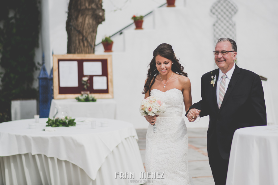 92 Weddings Photographer Fran Menez. Weddings Photographer in Granada, Spain. Destination Weddings Photopgrapher. Weddings Photojournalism. Vintage Weddings. Different Weddings in Granada