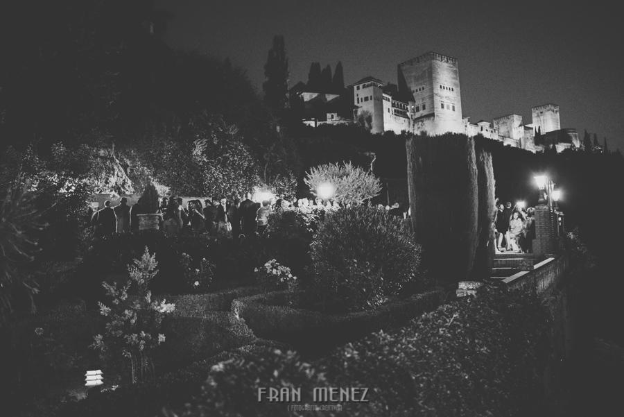 Fran Ménez Fotógrafo de Bodas en Granada. Iglesia de San Pablo y San Pedro. Carmen de los Chapiteles. Fotografía de Boda. 136