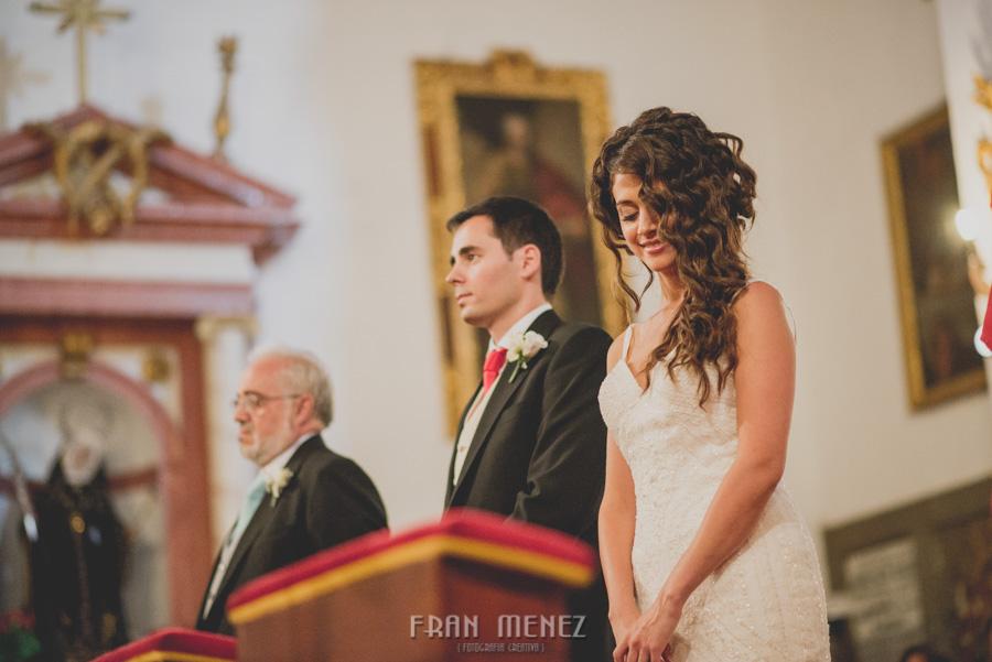 Fran Ménez Fotógrafo de Bodas en Granada. Iglesia de San Pablo y San Pedro. Carmen de los Chapiteles. Fotografía de Boda. 79