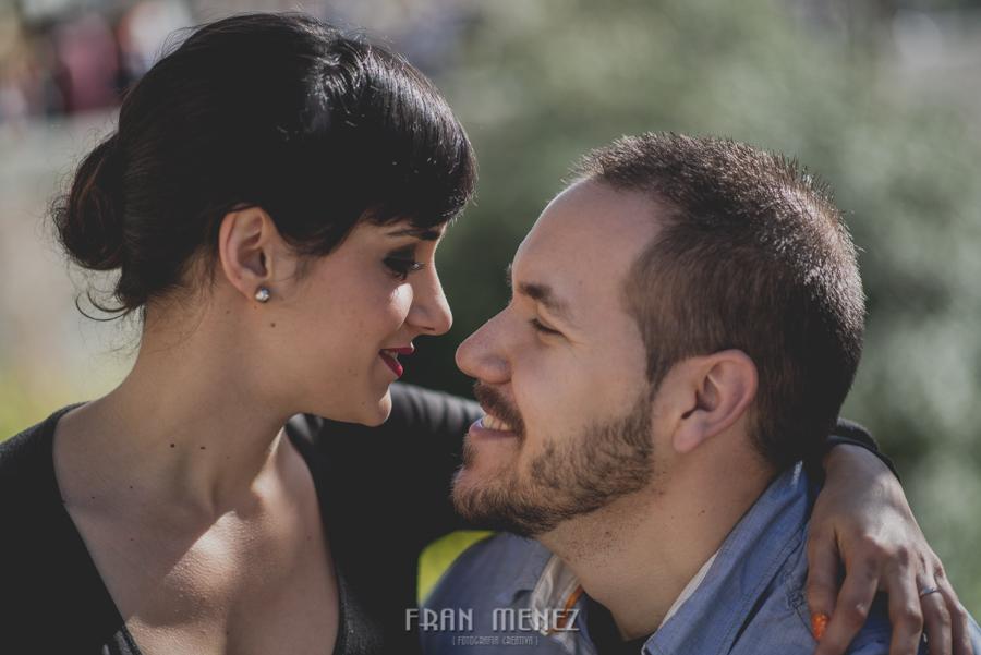 Sesiones de Pareja en Granada. Fran Ménez Fotógrafo en Granada. Love Sesion y reportajes de pareja 11