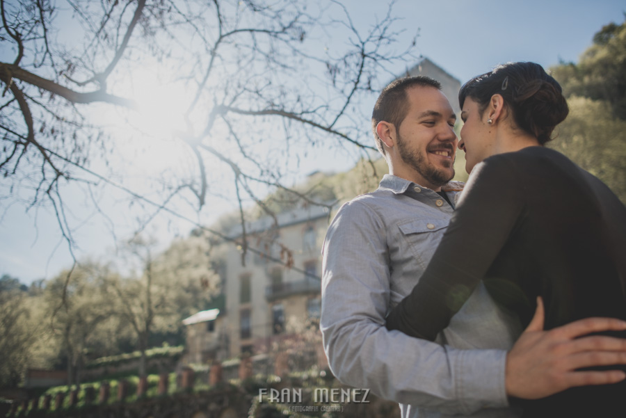 Sesiones de Pareja en Granada. Fran Ménez Fotógrafo en Granada. Love Sesion y reportajes de pareja 12