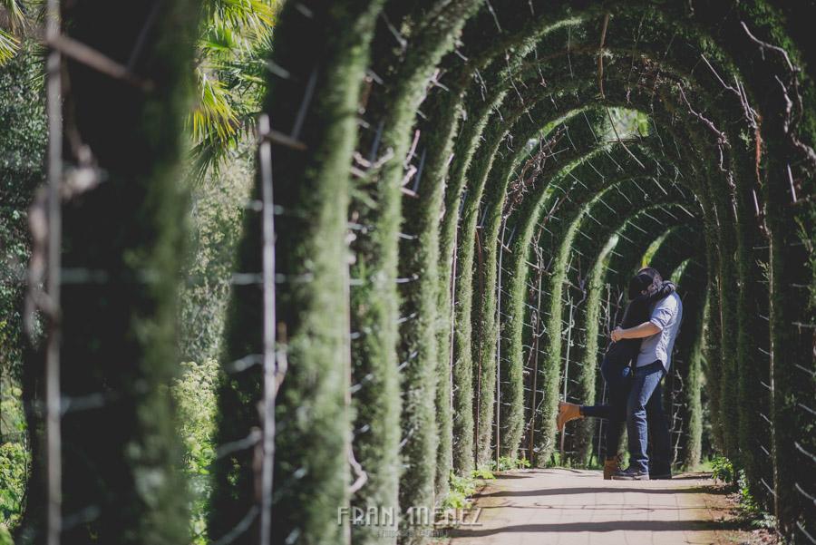 Sesiones de Pareja en Granada. Fran Ménez Fotógrafo en Granada. Love Sesion y reportajes de pareja 17