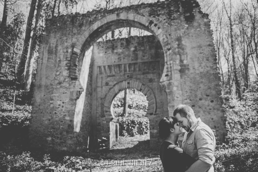 Sesiones de Pareja en Granada. Fran Ménez Fotógrafo en Granada. Love Sesion y reportajes de pareja 37