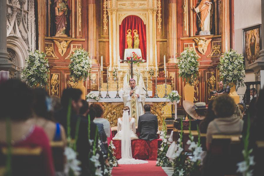 Fran Ménez. Fotógrafo de Bodas en Huescar. Iglesia Santa María La Mayor. Fotografías de Boda Yolanda y Jose 65