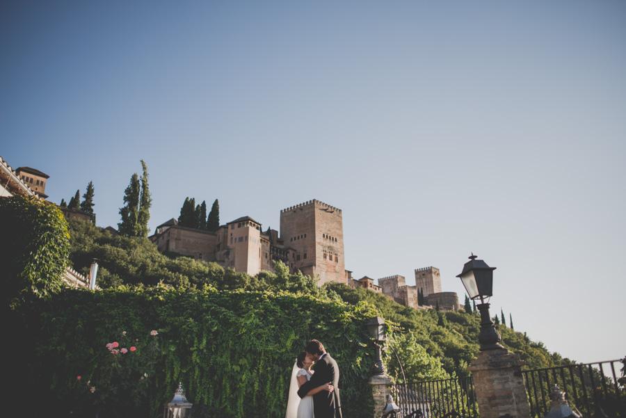 Boda en Iglesia San Matias y Carmen de los Chapiteles. Cristina y Nacho. Fran Ménez Fotógrafo de Bodas en Granada 87