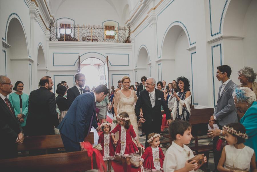 Isa y Justo. Boda en Santuario Virgen del Saliente. Velez Rubio, velez Blanco, Albox y Vera. Fotografo de Bodas 28