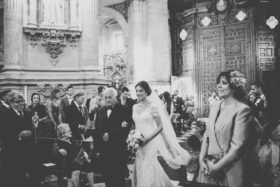 boda-en-carmen-de-los-chapiteles-boda-en-el-sagrario-meritxell-y-juanjo-fotografias-de-boda-fran-menez-43