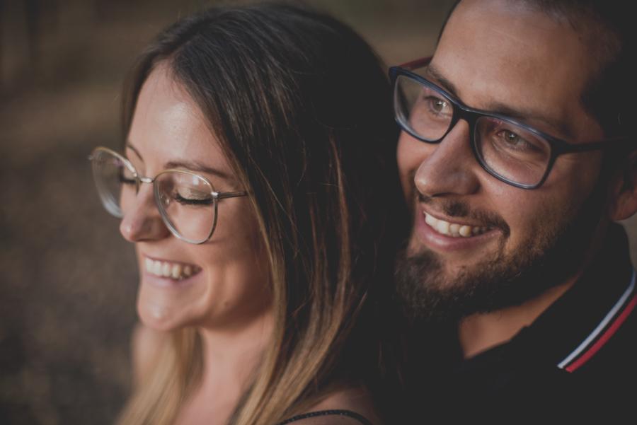 Pre-Boda-en-Granada-Reportaje-de-pareja-en-el-paseo-de-los-tristes-Fran-Ménez-Fotógrafo-de-Bodas-20