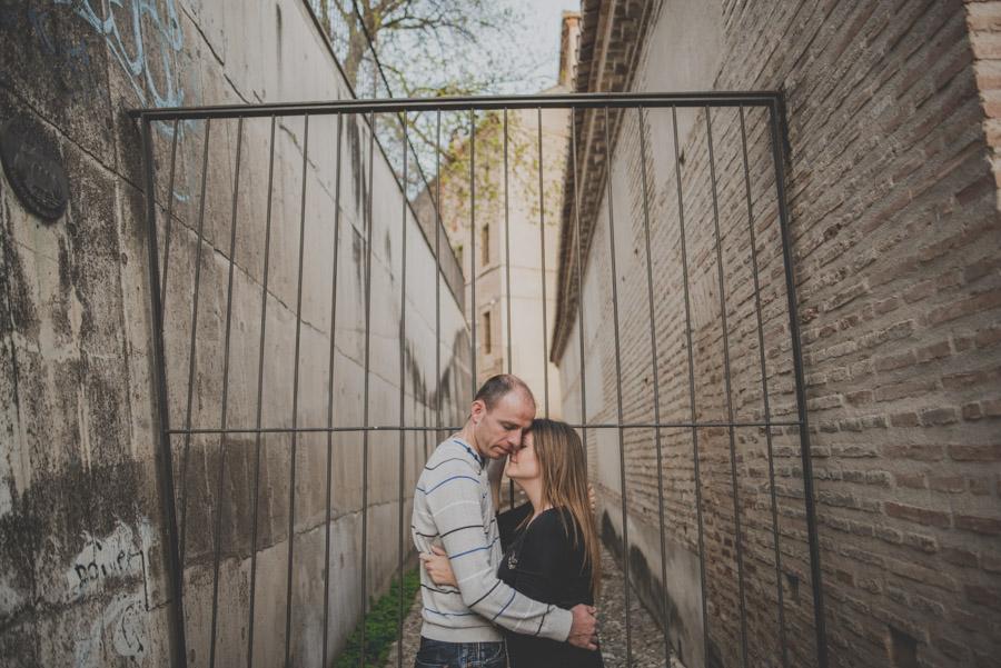 Pre Boda en el Albaicin y Granada. Irene y Peter. Fran Ménez Fotógrafo en Granada 17