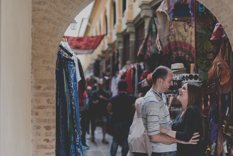 Pre Boda en el Albaicin y Granada. Irene y Peter. Fran Ménez Fotógrafo en Granada 3