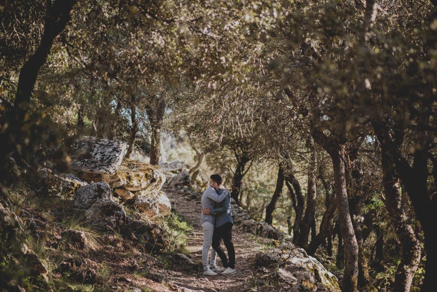 Jesús y Samuel. Pre Boda en la Sierra de Huetor Santillan. Fran Ménez Fotografo de Bodas 16